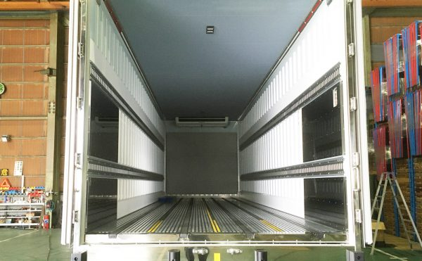 202005高野口運送冷凍車1