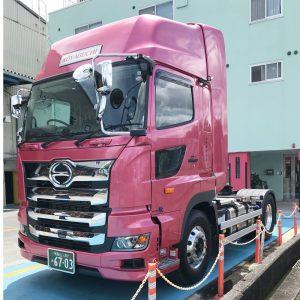 高野口運送,新車,トラクターヘッド,和歌山,橋本,輸送